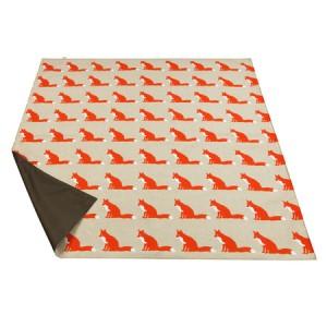 proud-fox-picnic-blanket