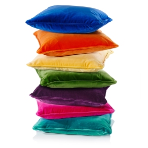 oliver_bonas_cushion_velvet_designers_guild__newvelvetcushion