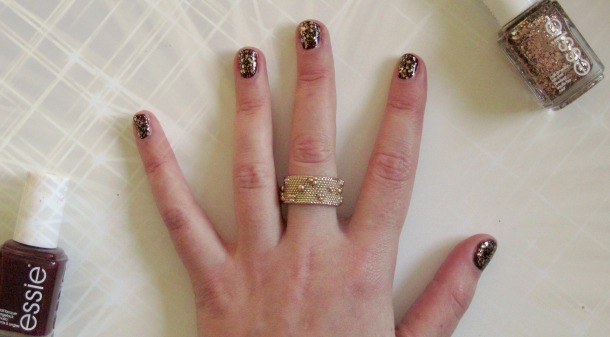 Essie Christmas nails