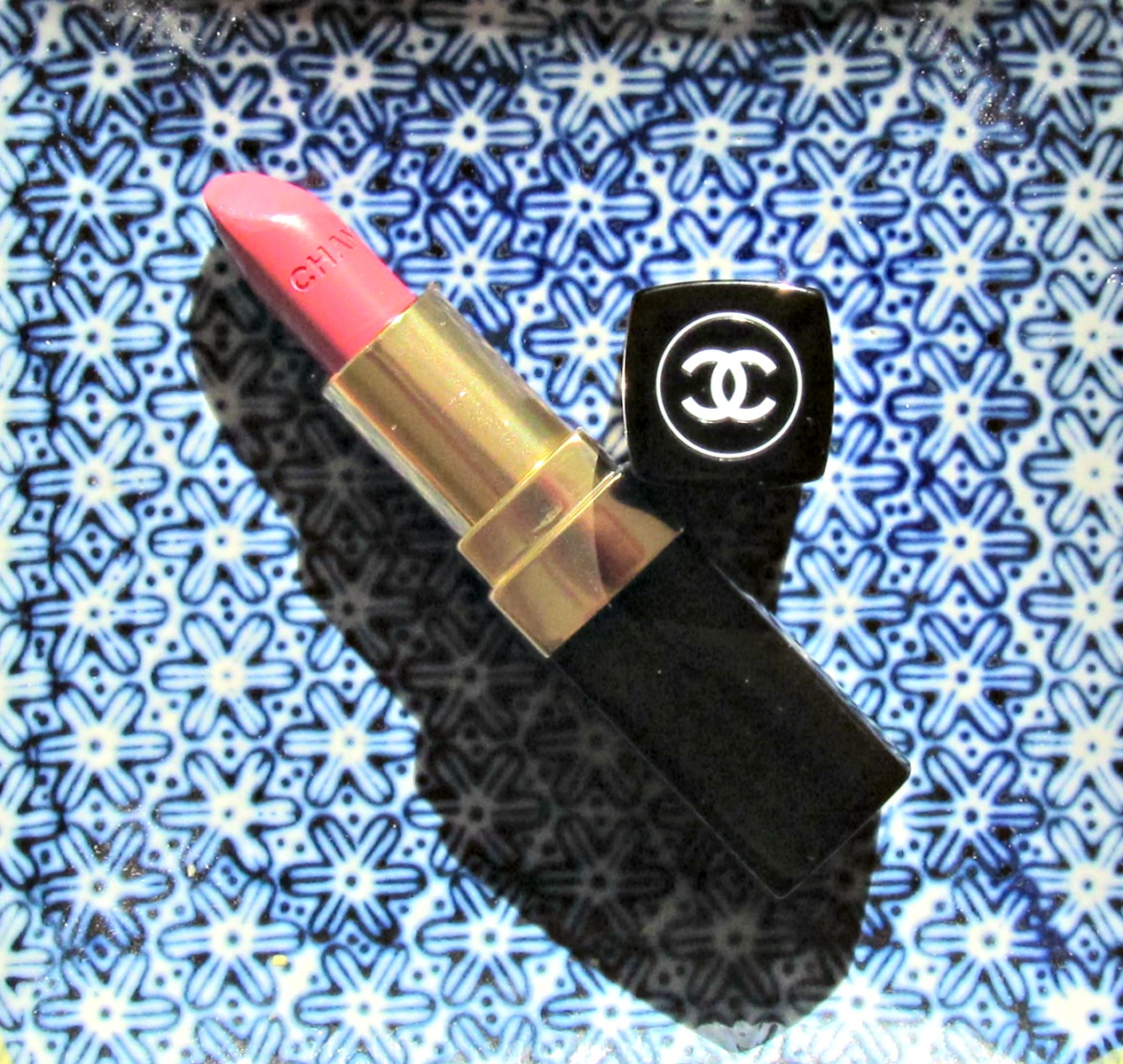 Chanel Rouge Coco lipstick in Edith