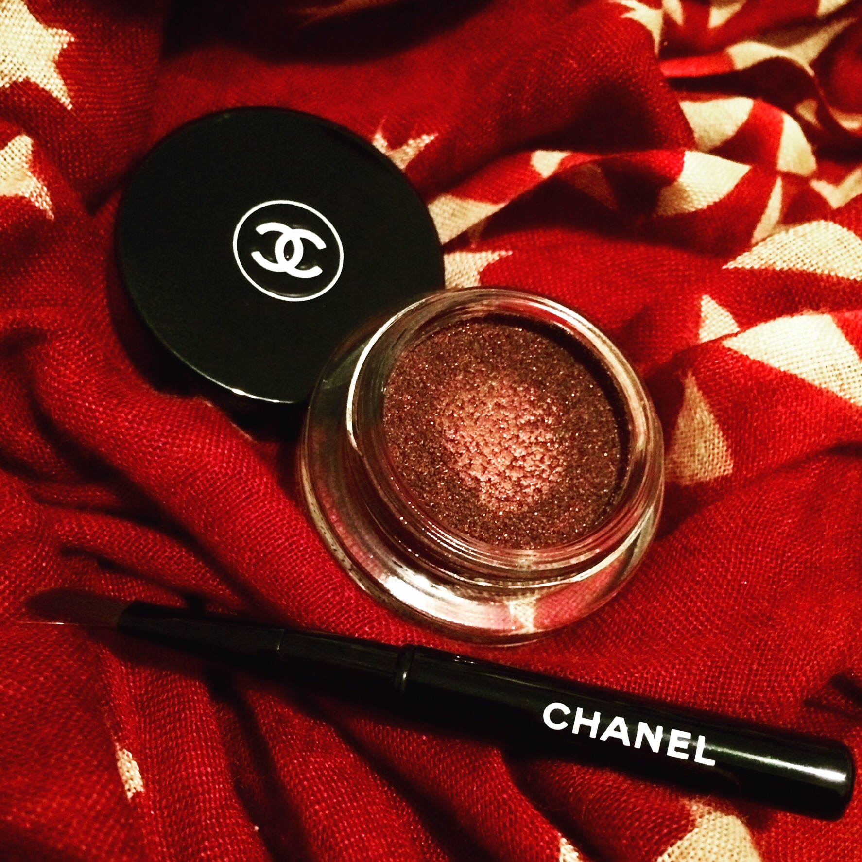 Chanel Illusion D'Ombre in Rouge Noir